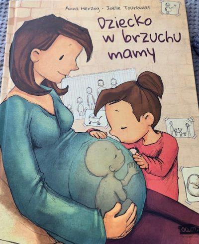Dziecko w brzuchu mamy.